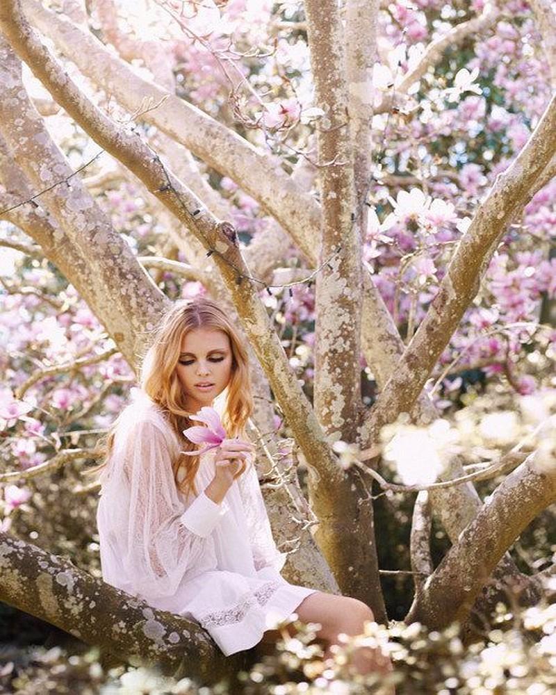 Фото девушек в весенних платьях